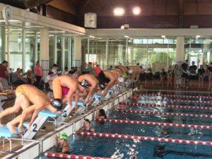 Primera jornada de fons i estils per als nedadors del Club Natació Igualada
